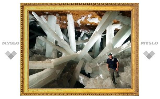 Ученые посчитали время роста гигантских кристаллов