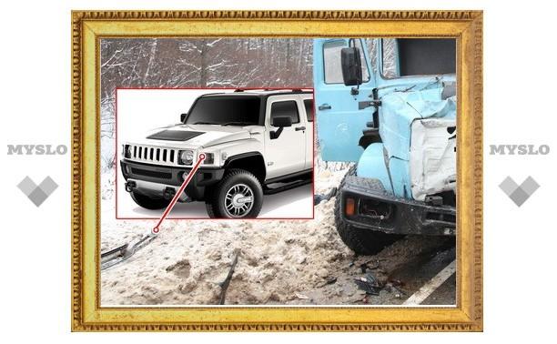 В столкновении маршрутки и ЗИЛа виноват серебристый Hummer