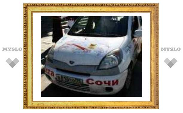 В Туле участникам автопробега помогли бензином