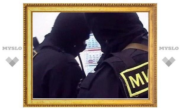 Офицеры Госнаркоконтроля вымогали у бизнесмена дорогую иномарку