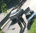 В Туле легковушка сорвалась с буксира и свалилась с высоты на Калужское шоссе