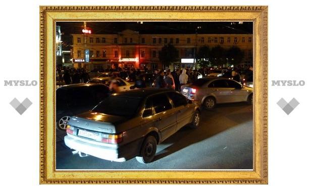 В Туле стритрейсеры в знак протеста против ГИБДД перекрыли движение