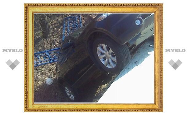 В Туле девушка на «Инфинити» провалилась в автомойке