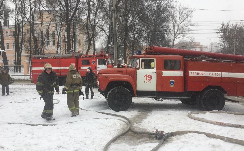 На пожаре в Туле спасли 63-летнюю женщину