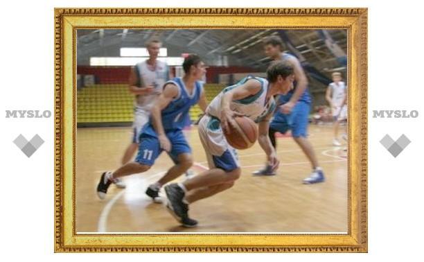 Баскетбольный клуб «Тула» переиграл соперников из Новомосковска