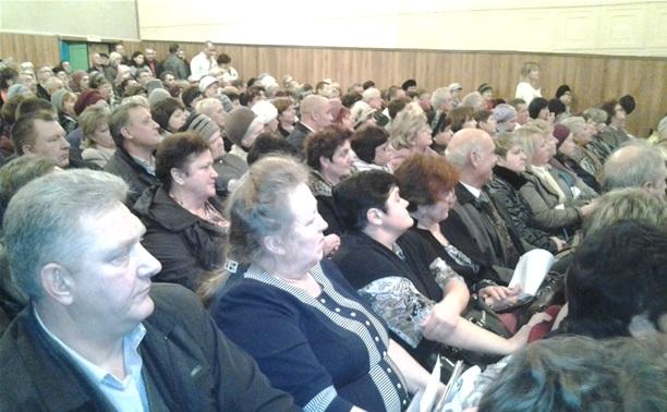 Жители Узловского района спят дома в валенках