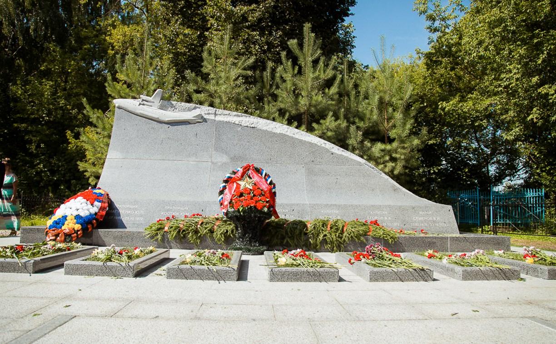 На Спасском кладбище открыт монумент военным летчикам