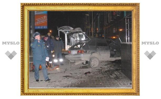 "Аварии у ТЦ ""РИО"" в Туле мог поспособствовать посторонний автомобиль"