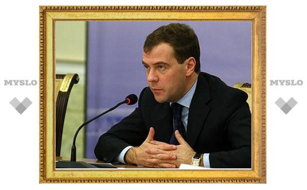 Дмитрий Медведев окончательно запретил пить за рулем