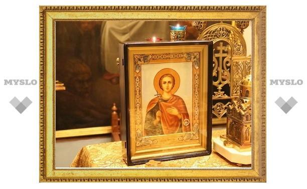 Икона мученика Вонифатия с частицей его мощей доставлена в московский храм во имя иконы Божией Матери «Всех скорбящих Радость»