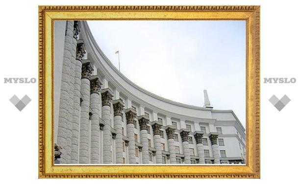 Азаров втрое увеличил госдолг Украины
