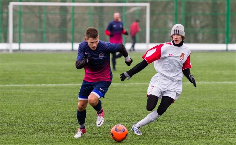 Определились полуфиналисты футбольного «Снеговика-2015»