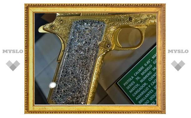 В Тульской области изъято инкрустированное драгоценностями оружие