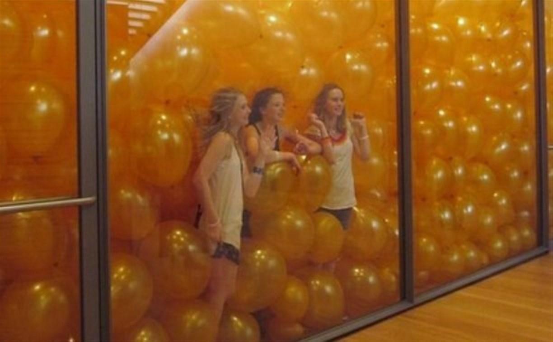 Впервые в России: В «Ликерке Лофт» появится комната из воздушных шаров