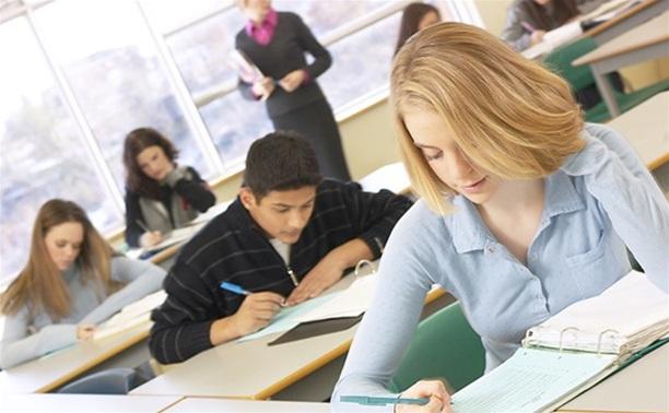 Ученики 100 школ могут не справиться с выпускными экзаменами