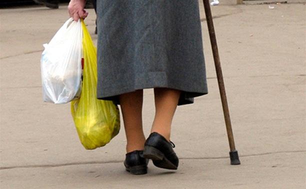 В Алексине мошенник обманул пенсионерку на 600 тысяч рублей