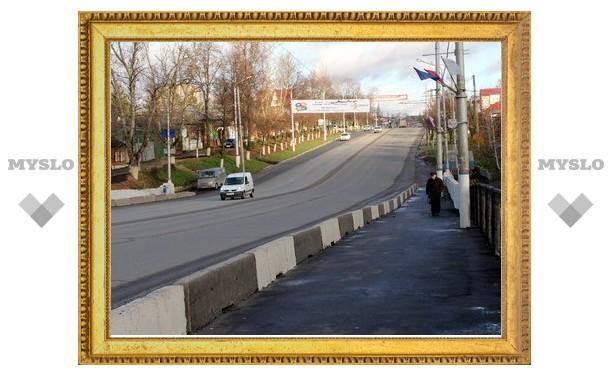 Городские чиновники отчитались о ремонте Московского путепровода