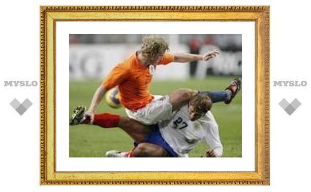 Хиддинк определил причины поражения в матче с Голландией