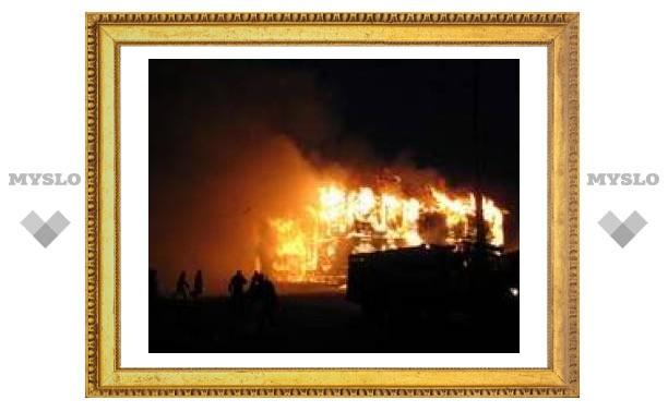 Под Тулой сгорела лесопилка
