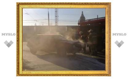 В тульском Заречье сгорела машина