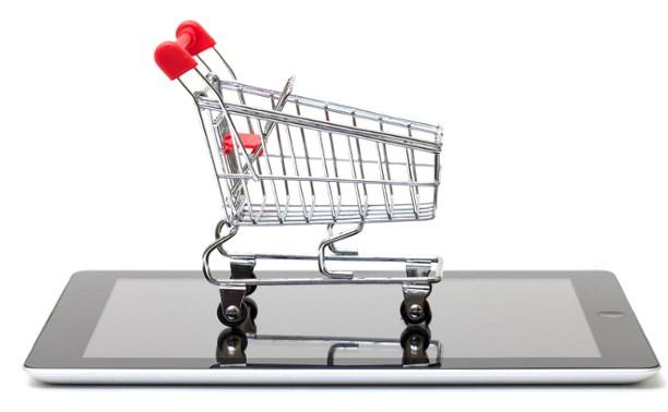 Обсуждение вопроса об увеличении пошлин на интернет-покупки вновь отложено