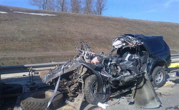 На трассе «Дон» внедорожник врезался в КамАЗ: трое погибли