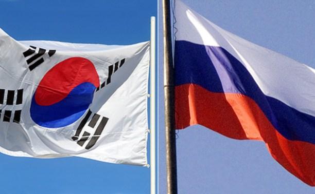 Мигрантов научат отличать российский флаг от флага Кении и Южной Кореи