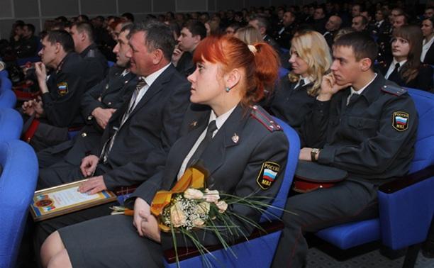 Начальник региональной полиции поздравил участковых с профессиональным праздником