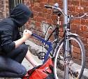 Житель Новомосковска украл велосипед