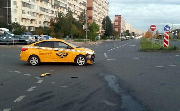 Туляк сбил мотоциклиста в Зеленограде