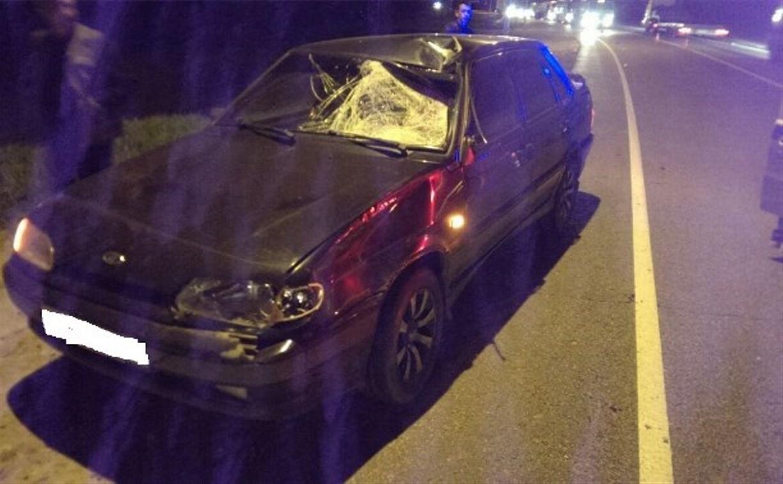 На трассе М2 водитель «Лады» насмерть сбил мужчину