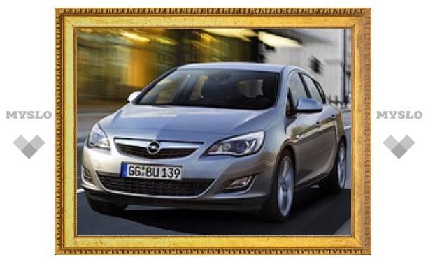 Opel рассекретил обновленный хэтчбек Astra