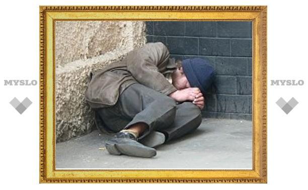 Под Тулой пьяный бездомный хотел спать и поэтому ворвался в чужой дом
