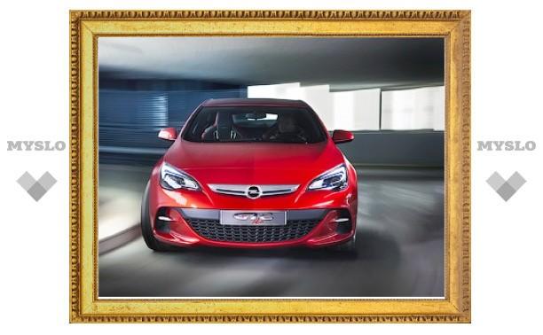 """Компания Opel показала интерьер трехдверной """"Астры"""""""