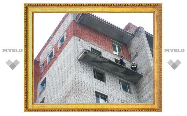 В Туле обрушился балкон