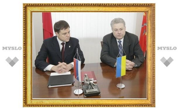 Владимир Груздев обсудил с украинским послом вопросы сотрудничества