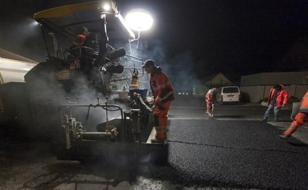 Ночью в Туле иномарка насмерть сбила дорожного рабочего