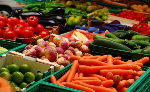 Россия ввела запрет на ввоз фруктов и овощей из Албании
