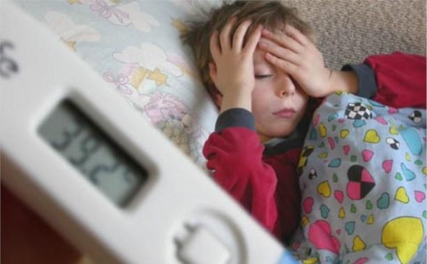 Работающим родителям оплатят весь период лечения детей до 7 лет