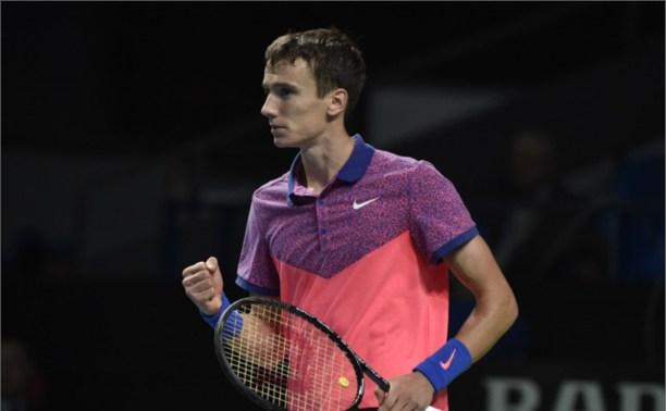 Тульский теннисист продолжает выступление на «Кубке Кремля»