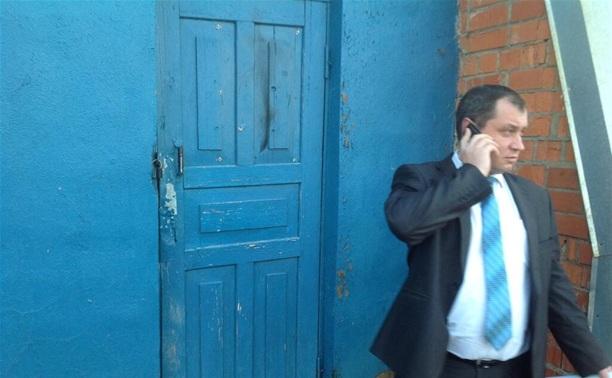 Замминистра по транспорту Тульской области лично проверил туалет на алексинском автовокзале