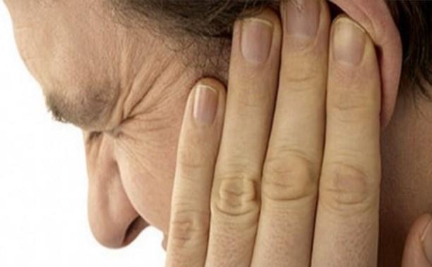 Житель Щекино оторвал знакомому ухо