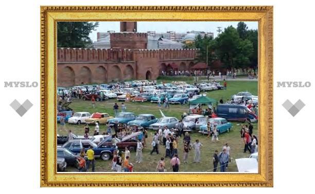 В Тульском кремле пройдет выставка ретроавтомобилей