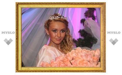 """""""Тульской красавицей 2011"""" стала Алина Веренинова"""