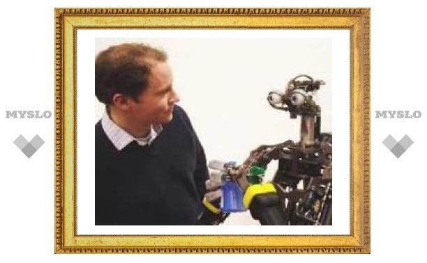 Ученые заставили робота слушаться лазерной указки