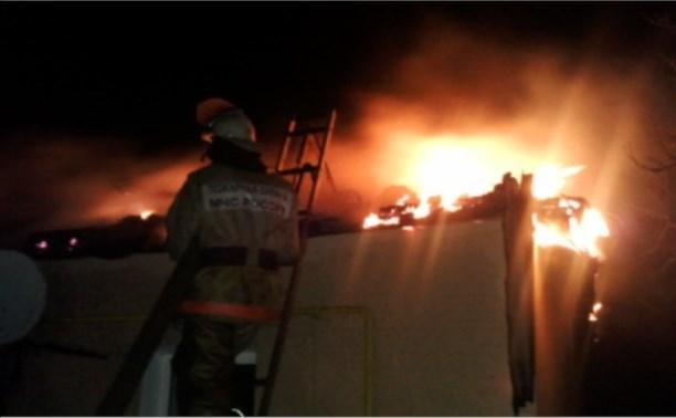 Ночью в Воловском районе сгорел жилой дом