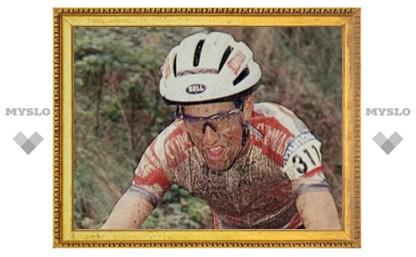 В Испании повесился скандально известный велогонщик