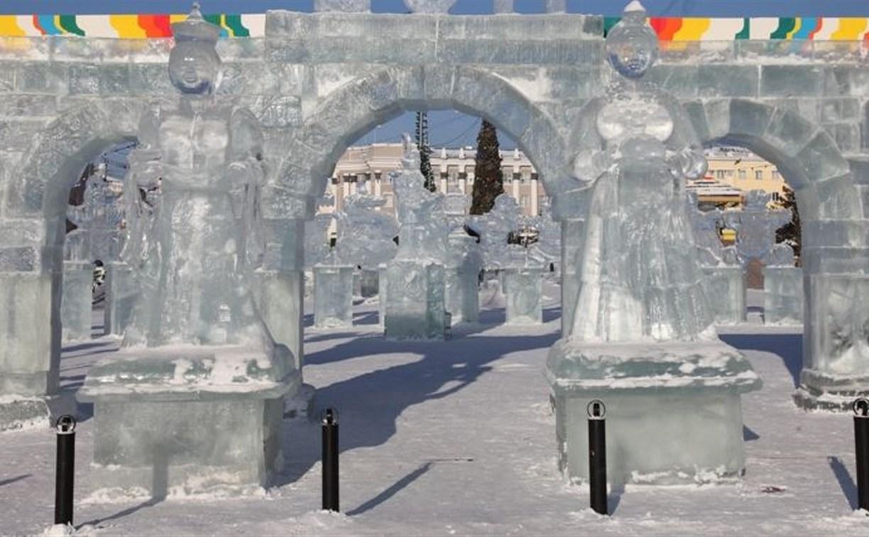 К новогодним праздникам на площади Ленина появится арка из льда