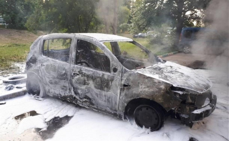 Пьяный туляк после ссоры со знакомой сжег ее автомобиль