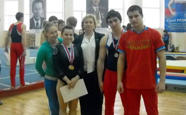 Тульские гимнасты завоевали пять медалей на чемпионате округа